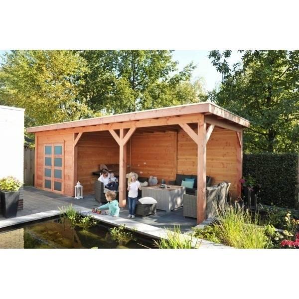 záhradný domček s terasou